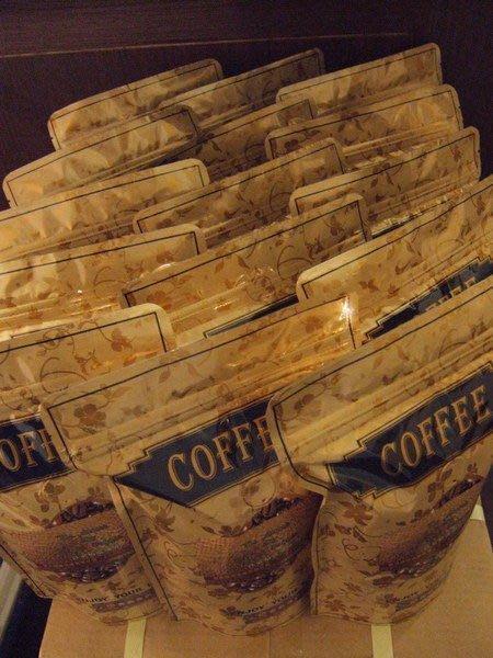 喜朵咖啡有口皆碑1.拿波里義式咖啡(深烘焙)  2.羅馬義式咖啡(中烘焙)  3.米蘭義式咖啡(淺烘焙)  4