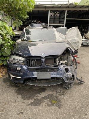 BMW F15 x5 25D全車零件拆賣