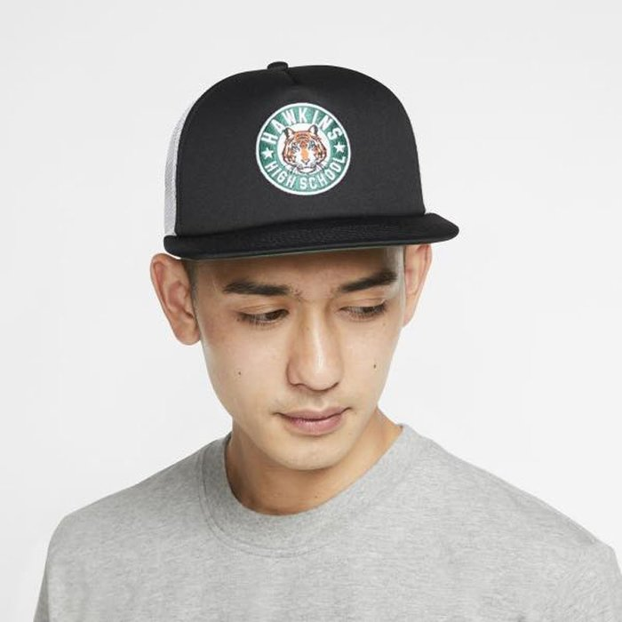 BEETLE NIKE STRANGER THINGS CAP 怪奇物語 卡車帽 網帽 黑白 CQ8461-010