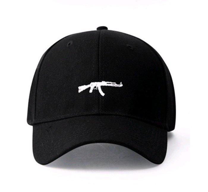FIND 韓國品牌棒球帽 男女情侶 時尚街頭潮流 衝鋒槍刺繡 帽子 太陽帽 鴨舌帽 棒球帽