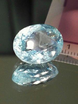 天然無處理大克拉海水藍寶Aquamarine橢圓型切面裸石10.5克拉