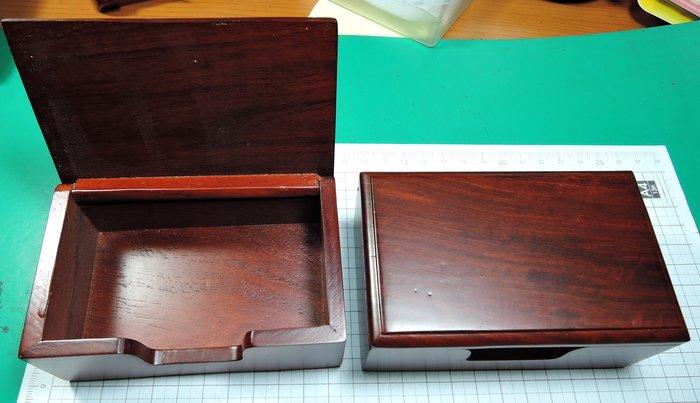 W54R2越南紅木草花梨名片盒 木質名片夾 商務名片盒