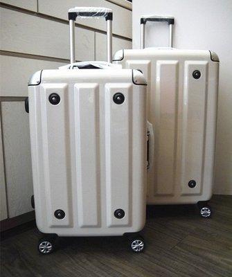 【MOM JAPAN】鋁框 飛機靜音輪 德國拜耳PC 旅行箱 出國箱 金屬護角 方格紋 26吋 薇娜