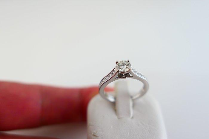 [吉宏精品交流中心]CARTIER 卡地亞 GIA 天然鑽石 40分 H/VS2 白金台 47號 戒指(盒卡全)