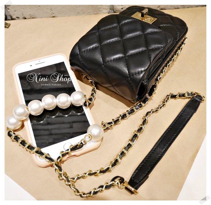 現貨秒出 *NINI Shop* 真皮 羊皮 珍珠鍊帶手機包 -黑色 (刷卡/超取付款)