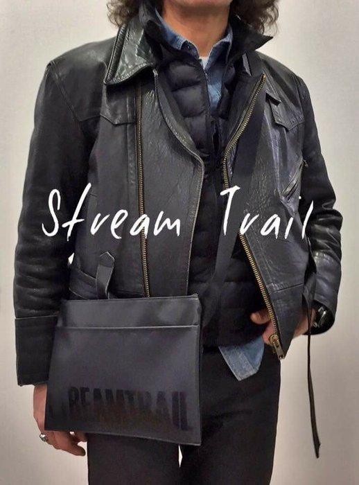 日本StreamTrail戶外防水包~SUCKER 單肩休閒包-逛街上班行方便隨身小包~~瑪瑙黑(限量到
