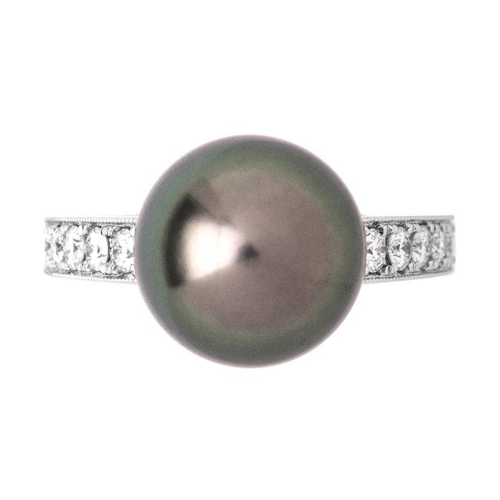 【JHT 金宏總珠寶/GIA鑽石專賣】11mm天然黑珍珠鑽戒/材質:18K(KBP02-1938_PP00033)