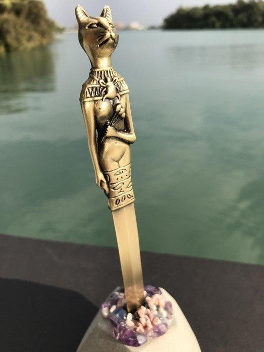 古埃及太陽神貓拆信刀--石中寶劍象徵鎮妖除魔防小人.辦公室必備