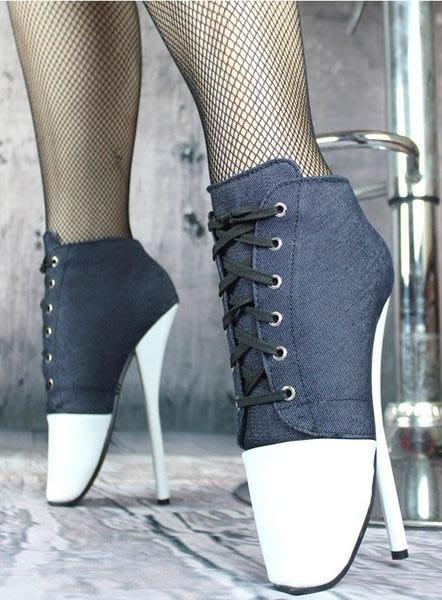 大碼變裝西西莉亞定制款超高跟 18cm拍照鞋 制服角色情趣大碼變裝 芭蕾舞造型靴46碼 貨號:610054