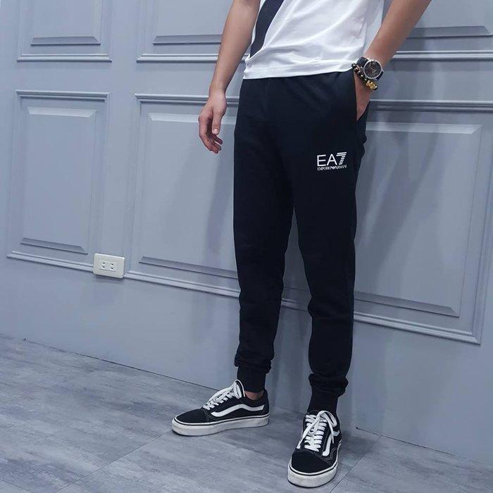 【現貨】男 Emporio Armani EA7 小LOGO  合身版長棉褲 黑色 保證正品 歡迎來店參觀選購