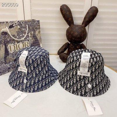 DIOR迪家雙面漁夫帽 造型帽 復古漁夫帽 盆帽 夏日必備帽 網紅超人氣造型帽 遮陽帽 款014