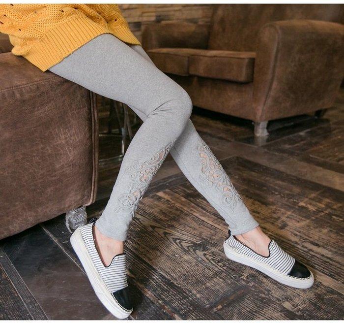 ☆Candy Box☆特大碼女裝秋裝新款外穿顯瘦打底褲蕾絲加肥加大長褲 灰 Z2512255