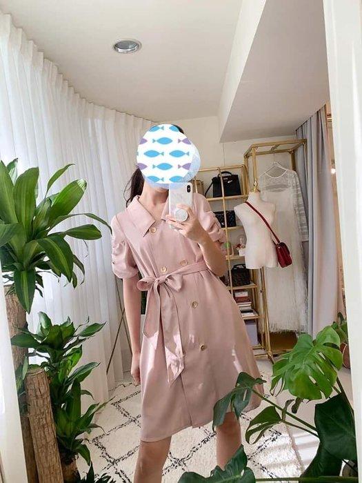 乾燥玫瑰色風衣洋裝