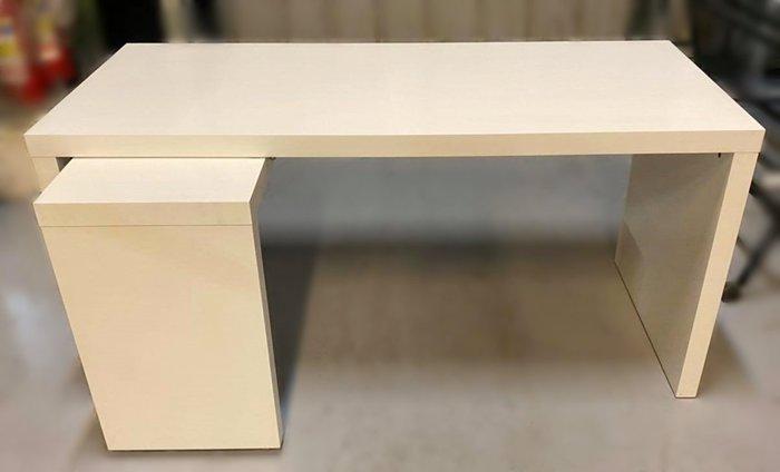【宏品二手家具館】 2手家具賣場 E32619*白色L型電腦桌*中古臥室家具拍賣 床組 床墊 床架 床板 床箱 床頭櫃