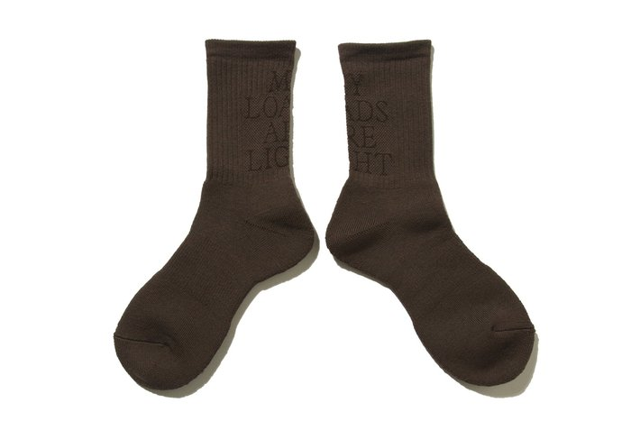 "[ LAB Taipei ] MY LOADS ARE LIGHT ""LETTERED SOCKS"" (Brown)"
