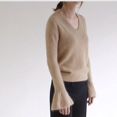 超便宜!Girlmonster 正韓 優質冬季保暖 V領喇叭袖長袖毛衣 (米色/粉紅/象牙白)【A0147】