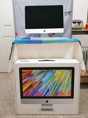 1121 二手保內極新內詳 APPLE iMac 21.5吋 i5 2.3DC/ 8GB/ 256GB MHK03TA/ A 台北市
