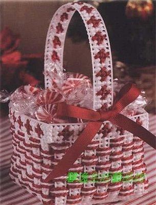 立體十字綉材料包 -  收纳盒 D-021  紅白配收納盒 宜蘭縣