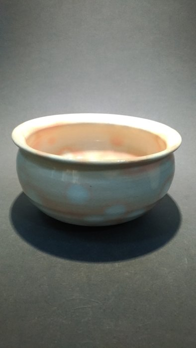 ☆清沁苑☆//特價品出清//日本茶道具~手工陶瓷 泫染粉釉紋  建水 茶灑 水方~d560