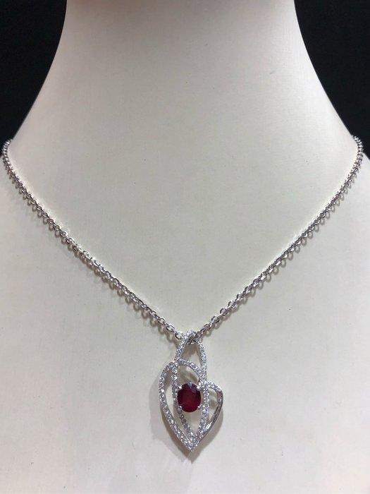 1.26克拉天然紅寶石鑽石墜飾,高等級紅寶石顏色鮮紅漂亮,獨特設計款式,精選商品出清價39800元,只有一個要買要快,搭配高等級鑽石