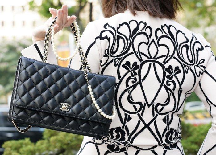 Chanel 香奈兒包 A96572 珍珠鍊帶肩背包 黑 銀鍊 現貨