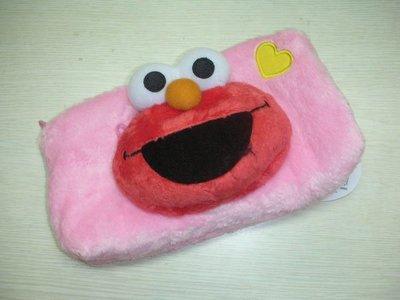 *凱西小舖*日本進口三麗歐正版芝麻街ELMO艾摩絨毛造型收納/化妝包/筆袋