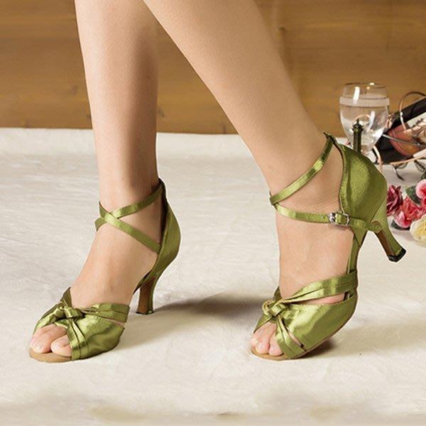 5Cgo【鴿樓】會員有優惠  41441753540 女式成人拉丁舞蹈鞋 廣場摩登舞蹈鞋子優質緞面軟底中高跟