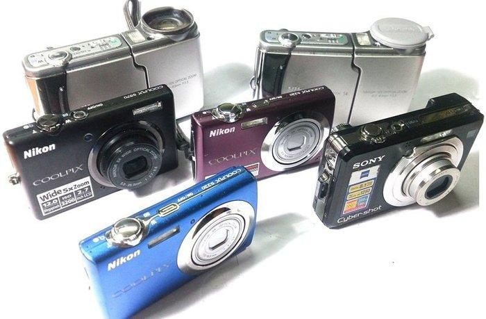 ☆手機寶藏點☆Nikon S570 Coolpix S4 數位相機 零件機 故障 拆機 報帳繳回  Che C17