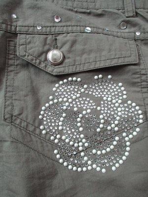 正韓 韓風 韓貨  SYNDROME  口袋  鑽珠  鈕扣  極簡風  無印風 七分褲/M