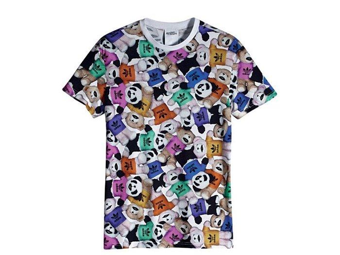 【紐約范特西】Adidas OBYO JS BEAR BIG TEE W60480 熊熊家族滿版 LOGO T恤