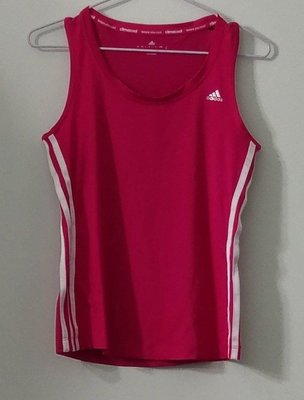 (搬家大出清)銀色商標 Adidas climacool 桃紅色兩側三條白線工字背心休閒運動衣。無胸墊。有彈性尺寸JPN/ M碼。...