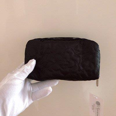 凱莉代購 Lesportsac  6511 黑壓花 化妝包 收納包 降落傘防水 限量 預購