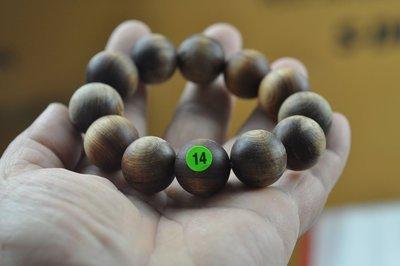 宋家苦茶油kanyuhuntoALL.14廣義紅土奇楠12顆手珠20mm.全世界最香.最涼.最持久的沉香