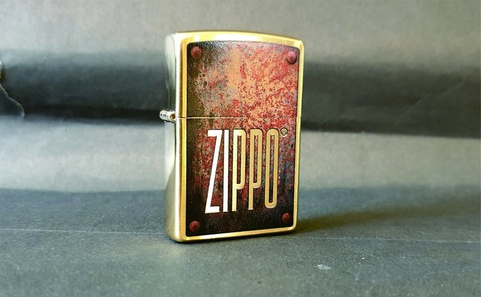 ONE*$1~*美系*ZIPPO*RUSTY PLATE《生鏽的盤子》黃銅拋光鍍鉻*彩印* 編號:29879