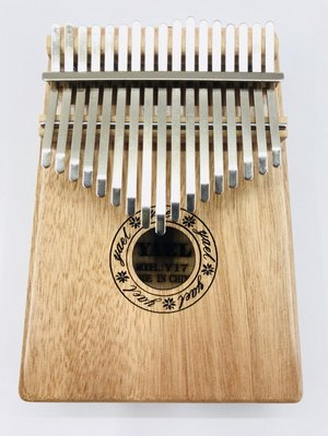 【老羊樂器店】現貨 附調音器 外袋 原木色 桃花芯木 17音 卡林巴琴 Kalimba 拇指琴 姆指琴