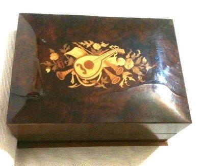 *二手絕版*古董 瑞士Switzerland THORENS 唱盤式 AD30 原木音樂盒 (免運費)