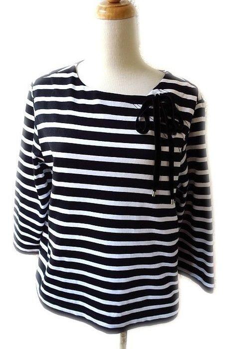 *Beauty*MARC BY MARC JACOBS天鵝絨綁帶黑白條紋圓領長袖棉T恤 4990元加圖