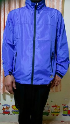 全新《法國品牌 Pierre balmain 皮爾帕門》素面/防風/防水/防曬/透氣/立領 男.女 風衣 外套