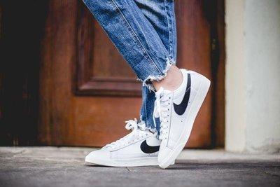【尬鞋】NIKE BLAZER LOW PRM 全白 白色 黑勾 阿甘 皮革 奶油底 滑板 男女鞋 454471-104
