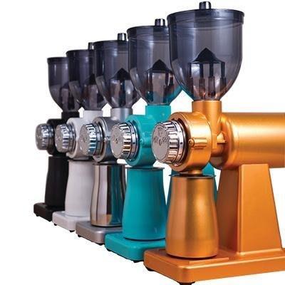 (免運費)正晃行 AKIRA 半磅電動磨豆機 (黃金橘色) Super M520A 採用義大利不銹鋼磨盤 搭贈篩粉器
