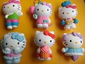 **M8-16** (裸裝無盒)麥當勞2013出的Hello Kitty 塑膠玩偶/6隻合售/表面有使用痕跡,能接受再下