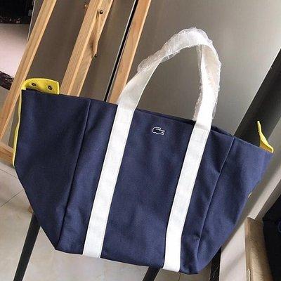 ╭☆包媽子店☆LACOSTE 深藍色跟紅色帆布單肩包/購物袋(超大容量)