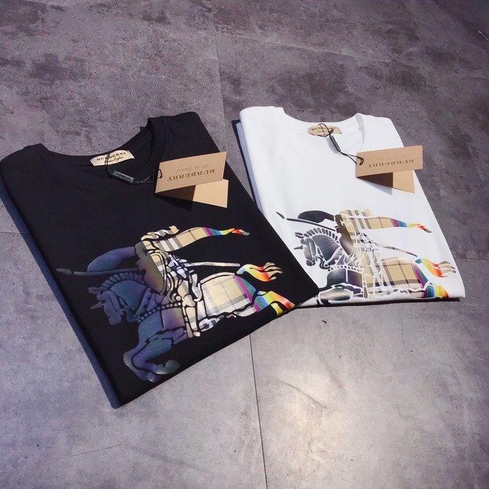 Chris精品代購 美國Outlet Burberry巴寶莉 春夏新款 短袖 T恤 情侶款 胸前大Logo彩印 兩色任選