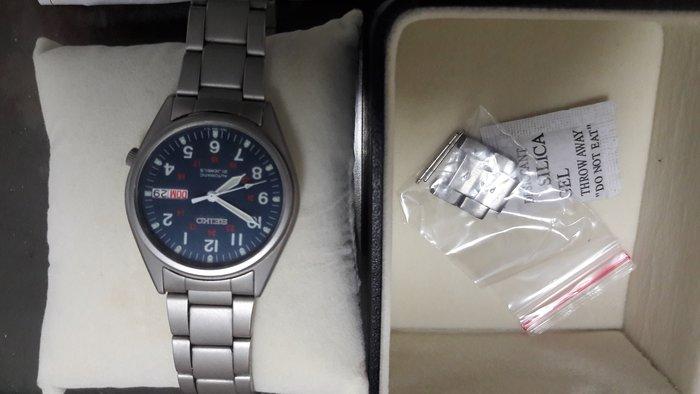 SEIKO  機械錶  (9成新)