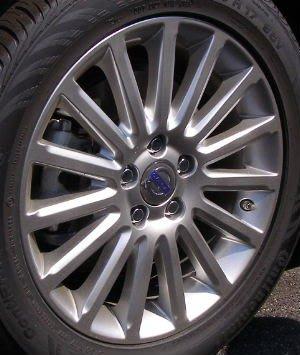 Volvo原廠 5孔 108 17吋 鋁圈 ET offset : 50mm 中心孔: 63.3mm