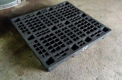 二手棧板/塑膠棧板  100 x 100 公分 可堆疊 省空間