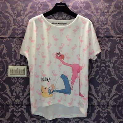 🇯🇵日本Disney《愛麗絲夢遊仙境》紅鶴槌球桿 前短後長t shirt上衣