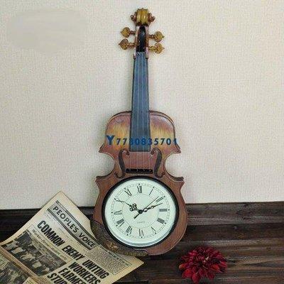 驢友之家 羅馬數字藝術精緻提琴造型樹脂特色時鐘   預購10天+現貨