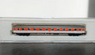 (未拆封)marklin8721橘色客車車廂(A169)