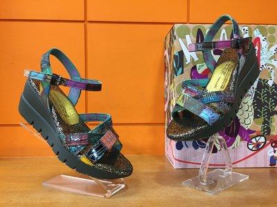 【阿典鞋店】**Macanna**麥坎納專櫃~巴哈馬系列~長城版~手作山羊皮+牛皮~混色氣墊厚底涼鞋011170